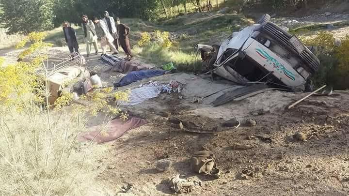 جان باختن شش غیر نظامی در انفجارماین در غزنی